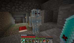 Интерфейс Minecraft с новым оружием