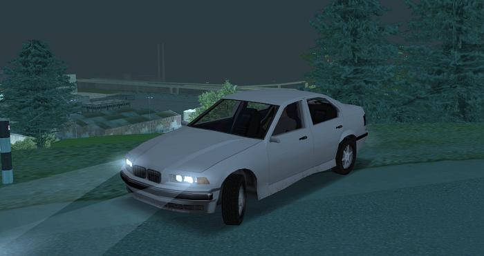 Автомобиль отлично выглядит в любое время суток, а следы от фар ложатся корректно