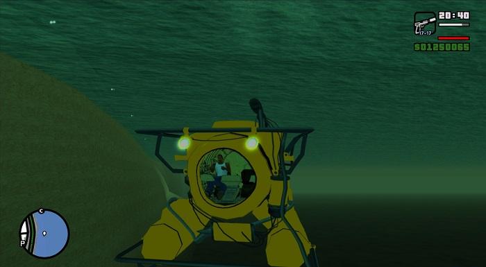 CJ внутри аппарата для перемещения под водой